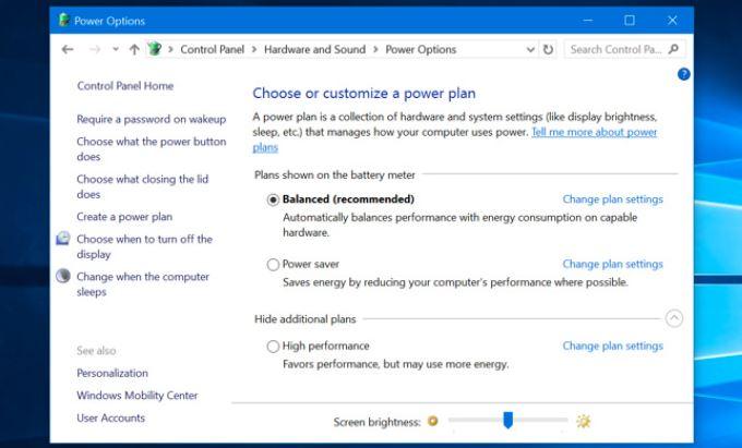 Mở cửa sổ Control Panel để điều chỉnh độ sáng màn hình