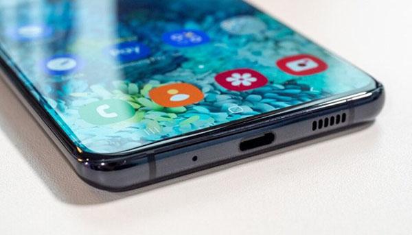 Galaxy S20 Ultra đã bị loại bỏ jack cắm tai nghe