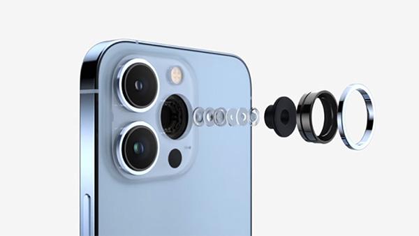 iPhone 13 Pro Max được trang bị camera tele 77 mm hoàn toàn mới, cho phép máy zoom quang lên tới 3x
