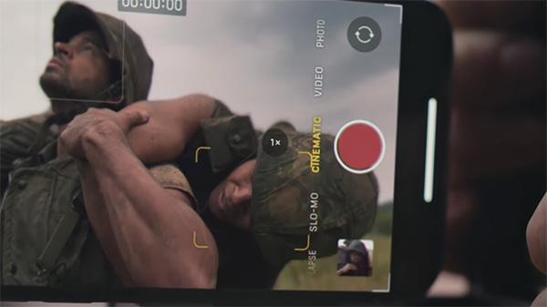 Máy cũng được trang bị thêm nhiều tính năng quay phim, chụp hình chuyên nghiệp hơn